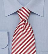gestreifte krawatte zum blauen anzug sb1234. Black Bedroom Furniture Sets. Home Design Ideas