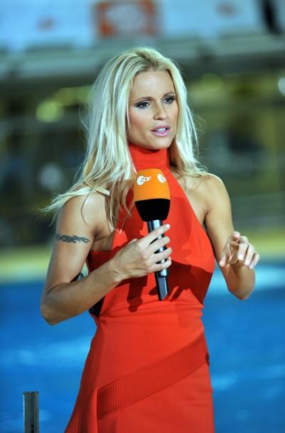 Michelle Hunziker bei Wetten, dass...? - Quelle: ZDF und Astrid Schmidhuber