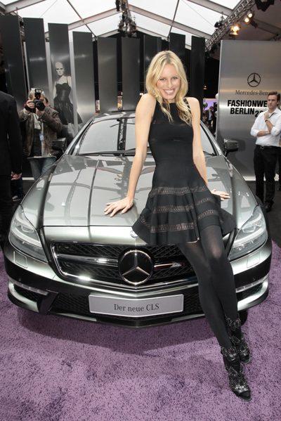 Karolina Kurkova auf der Mercedes Benz  Fashion Week Berlin 2011