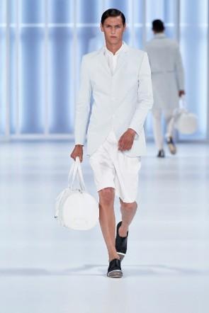 Kurze Hosen zum Sakko bei Hugo auf Mercedes Benz Fashion Week Berlin Sommer 2011