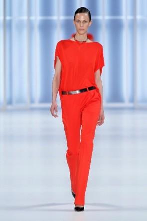 Modefarbe Rot bei HUGO auf der Fashion Week Berlin Juli 2011