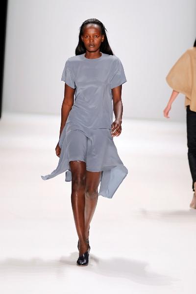 burda new faces fashion award 2011 geht an perret schaad by karsten heimberger mode la. Black Bedroom Furniture Sets. Home Design Ideas