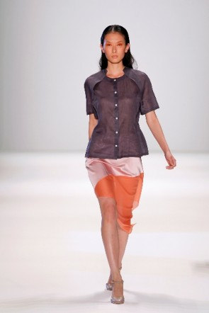 Perret Schaad mit Sommermode 2012 zur Fashion Week Berlin
