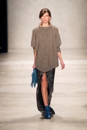 Dorothee Schumacher lässig zur MB Fashion Week im Januar 2012