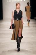 Dorothee Schumacher - langer Rock mit tiefen Schlitz zur MB Fashion Week 2012