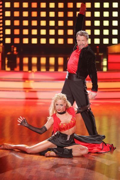 Isabel Edvardsson und Patrick Lindner bei Let's dance 2012 ausgeschieden - Foto: (c) RTL / Stefan Gregorowius
