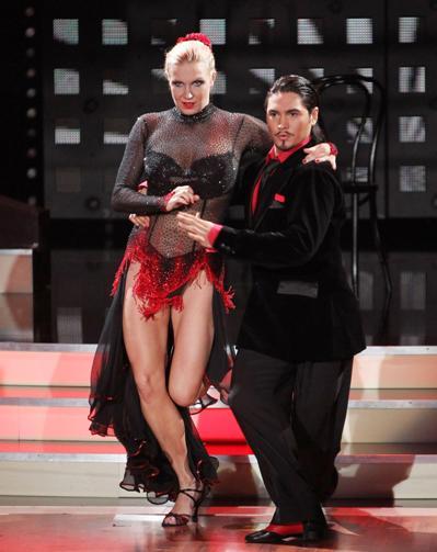 Magdalena Brzeska und Erich Klann bei Let's dance 2012 - Foto: (c) RTL / Stefan Gregorowius